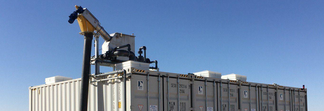 container mit Schlamm-Management